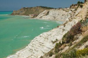 Turkish rocks near Agrigento (Sicily, Italy) © krivinis