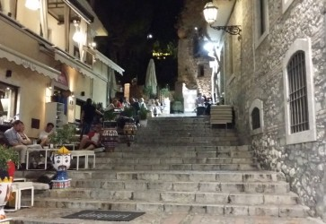 How to have an authentic experience in Sicily