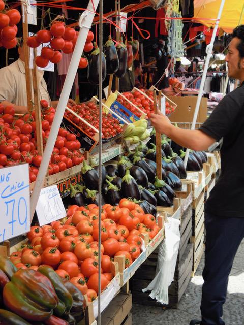 Ballaro produce